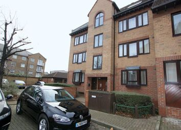 1 bed flat to rent in Leerdam Drive, Amsterdam Road, Canary Wharf, London E14