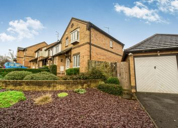 Thumbnail 3 bed property to rent in Lorimer Close, Luton