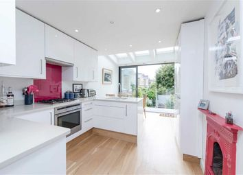 Thumbnail 3 bedroom flat to rent in Lower Richmond Road, Putney