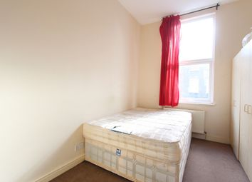 Thumbnail 2 bed flat to rent in Allen Road, Stoke Newington