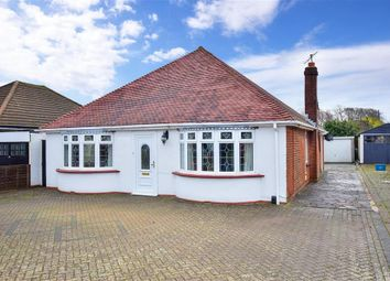 Bredhurst Road, Wigmore, Gillingham, Kent ME8. 3 bed detached bungalow for sale