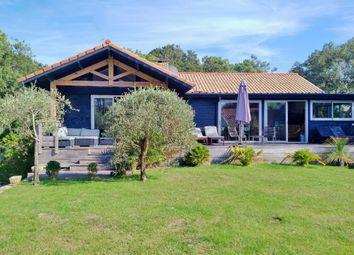 Thumbnail Villa for sale in Lac & Ocean, Quiet, Soorts-Hossegor, Soustons, Dax, Landes, Aquitaine, France
