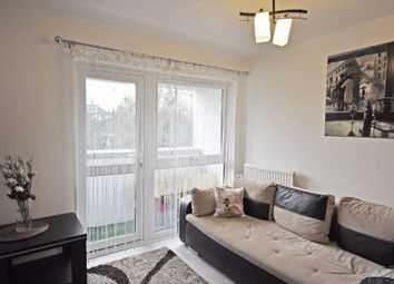 Thumbnail Flat to rent in Nursery Close, Putney