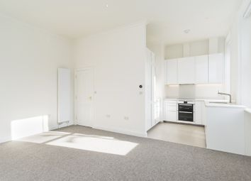Thumbnail 2 bed flat to rent in Willow Road NW3,