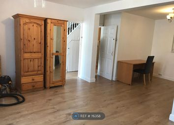 3 bed detached house to rent in Claremont Road, London E17