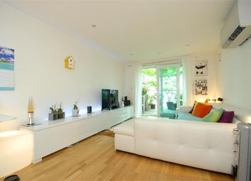 2 Bedrooms Flat for sale in Cavalier House, 46-50 Uxbridge Road, Ealing W5