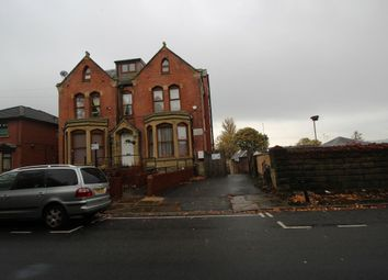 Thumbnail 2 bed flat to rent in Clarence Street, Blackburn