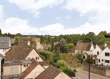 The Butts, Chippenham, Wiltshire SN15. 3 bed flat