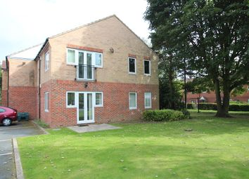 Thumbnail 1 bedroom flat for sale in Old Oak Drive, Leeds