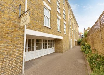York Street, Broadstairs CT10. 2 bed flat for sale