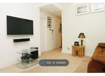 Thumbnail 2 bed flat to rent in Greenwich South Street, London