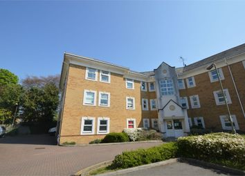 2 bed flat to rent in International Way, Sunbury, Surrey TW16