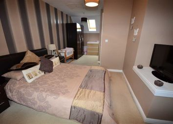 Thumbnail 3 bed town house for sale in Olive Grove, Goole
