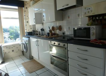 Thumbnail 1 bed flat to rent in Warren Road, Torquay