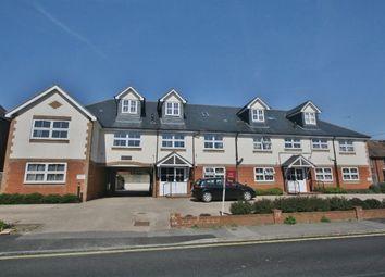 2 bed flat to rent in Soper Grove, Basingstoke RG21