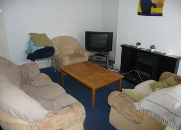 4 bed property to rent in Brudenell Street, Hyde Park, Leeds LS6