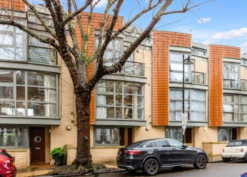 4 bed terraced house for sale in Calabria Road, London N5