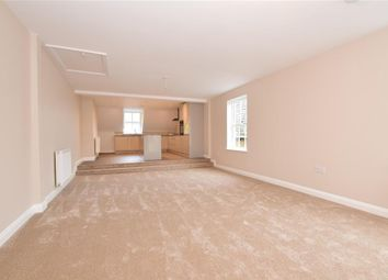 2 bed flat for sale in High Street, Epping, Essex CM16