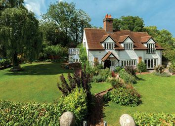 Thumbnail 5 bed detached house for sale in Winter Hill, Cookham, Maidenhead, Berkshire