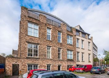 Thumbnail 2 bed flat to rent in Queen Charlotte Street, Edinburgh