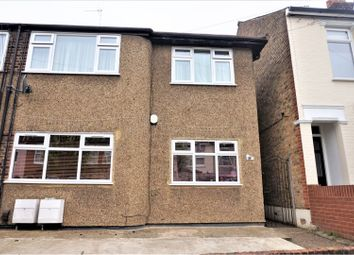 2 bed maisonette for sale in Halstead Road, Enfield EN1