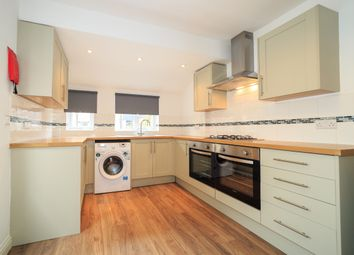 Thumbnail 6 bed terraced house to rent in Hudson Road, Southsea