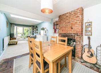 Thumbnail 4 bedroom town house to rent in St. Johns Road, Reading