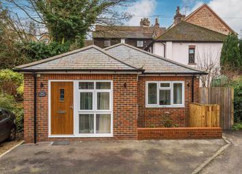 Thumbnail 1 bed detached house to rent in High Street, Oxted