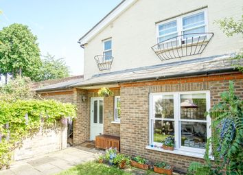 Thumbnail 2 bed detached house for sale in Dynevor Road, London