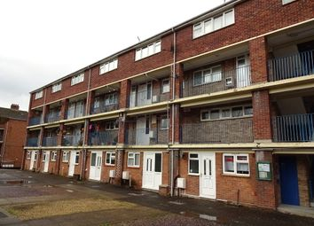 Thumbnail 2 bedroom flat to rent in Salthouse Lane, Yeovil