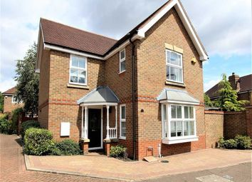 Thumbnail 3 bed detached house for sale in Roding Gardens, Loughton