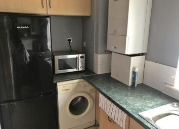 4 bed flat to rent in Hilltop Court, Wilmslow Road, Fallowfield M14