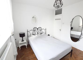 Thumbnail 3 bed flat to rent in Stoke Newington Church Street, London