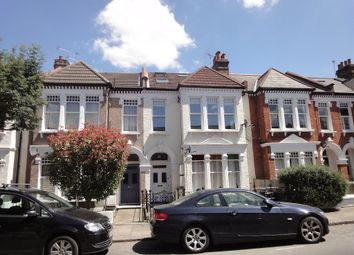 3 bed flat to rent in Louisville, Balham SW17