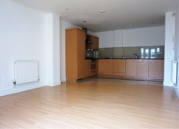 Thumbnail 2 bed flat to rent in Clerkenwell, London