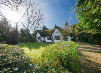 Thumbnail 3 bed cottage for sale in Thame Road, Warborough, Wallingford