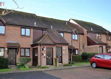 Thumbnail 2 bed flat for sale in Marshalls Court, Speen, Newbury, Berkshire