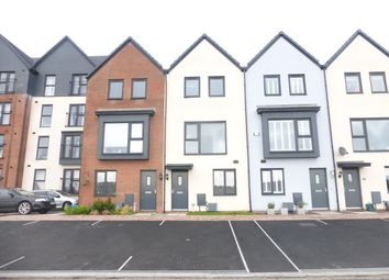 Thumbnail 4 bed property to rent in Y Rhodfa, Barry