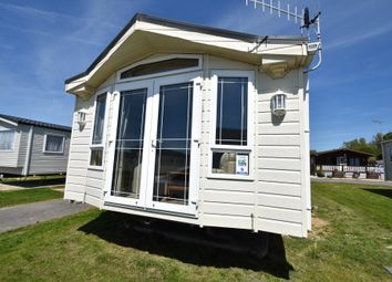 3 bed mobile/park home for sale in Vinnetrow Road, Runcton, Chichester, West Sussex PO20