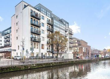 Queens Wharf, Queens Road, Reading RG1. 1 bed flat for sale