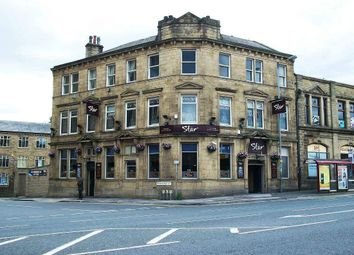 Thumbnail Pub/bar for sale in Westgate, Bradford