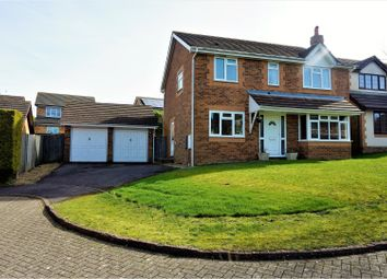 Thumbnail 4 bed detached house for sale in Primrose Gardens, Basingstoke