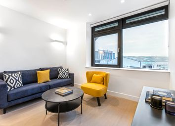 Thumbnail Room to rent in Vonder Skies (Icon Blu), New Horizons Court, Brentford