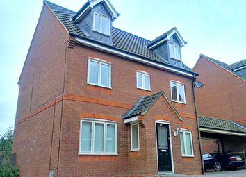 Thumbnail 4 bed detached house to rent in Foxley Place, Loughton, Milton Keynes
