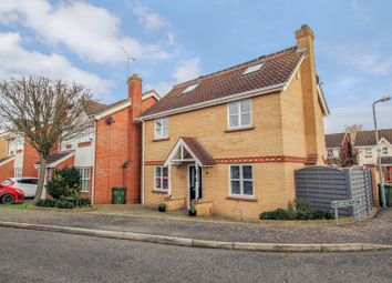 5 bed detached house for sale in Carlyle Gardens, Wickford SS12