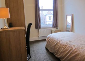 Thumbnail Room to rent in Room 5, Park Road, City Centre, Peterborough