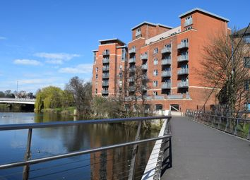 2 bed flat to rent in Stuart Street, Derby DE1