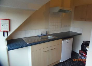 Thumbnail 1 bed flat to rent in Windsor Road, Doncaster