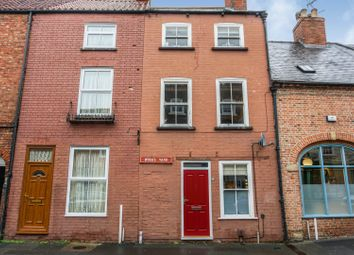 3 bed terraced house for sale in Barnby Gate, Newark NG24