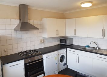 Thumbnail 3 bed maisonette to rent in Hawthorne Close, Islington London